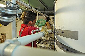 Deutschland  Nordrhein-Westfalen - Energetische Haussanierung