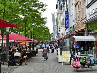 Ladengeschäfte in der Fußgängerzone in Herne | shops in the pedestrian zone in Herne