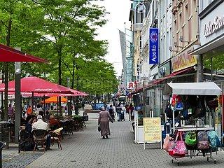 Ladengeschäfte in der Fußgängerzone in Herne | shops in the pedestrian zone in Herne
