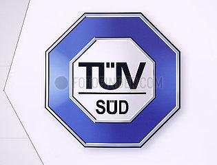 TUEV SUED  Logo am Messestand auf der Messe E-world energy & water  Essen  Nordrhein-Westfalen  Deutschland  Europa