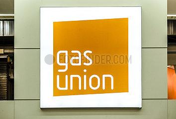 gas union  Logo am Messestand auf der Messe E-world energy & water  Essen  Nordrhein-Westfalen  Deutschland  Europa