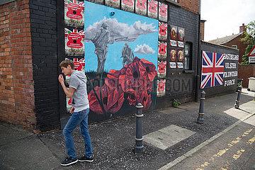 Grossbritannien  Belfast - Politische Wandmalerei  protestantisches East Belfast