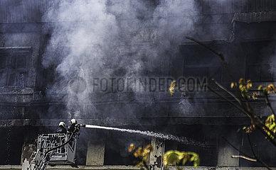 INDIA-MUMBAI-BUILDING-FIRE
