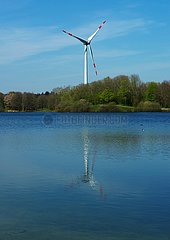 Windkraftanlagen im Naherholungsgebiet | wind turbines in the local recreation area