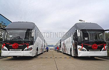 CHINA-JIANGXI-NANCHANG-BUS-EXPORT-MIDEAST-FIRST ORDER(CN)