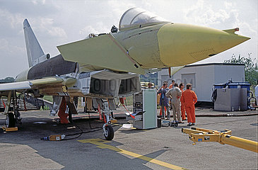 Jaeger 90  Kampfflugzeug  Prototyp  MBB  Manching  1992