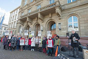 Renate Weber Omas gegen Rechts Kundgebung Giessen bleibt bunt