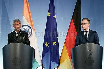Berlin  Deutschland - Subrahmanyam Jaishankar und Heiko Maas  Aussenminister Indiens und Deutschlands bei einer Pressekonferenz.