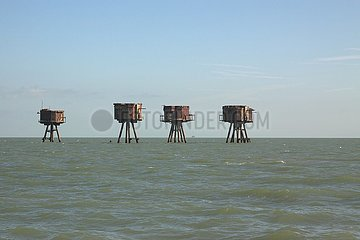 Maunsell Sea Forts  Flakt¸rme in der Themsem¸ndung | Maunsell Sea Forts  flak towers in the Thames estuary