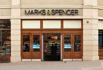 Marks & Spencer Filiale Canterbury | Marks u. Spencer branch Canterbury