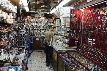 ÄGYPTEN-KAIRO-BAZAAR-YEARNING-chinesische Touristen