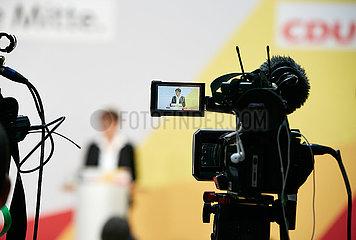 Berlin  Deutschland - Annegret Kramp-Karrenbauer bei einer Pressekonferenz in der CDU-Bundesgeschaeftsstelle.