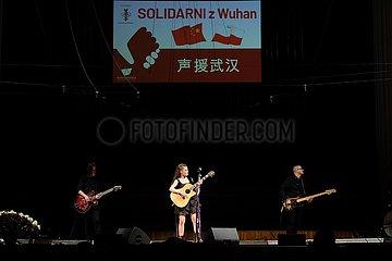 POLEN-WARSCHAU-Wohltätigkeitskonzert-UNTERSTÜTZUNG FÜR CHINA
