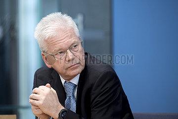Prof. Egbert Tannich  Coronavirus