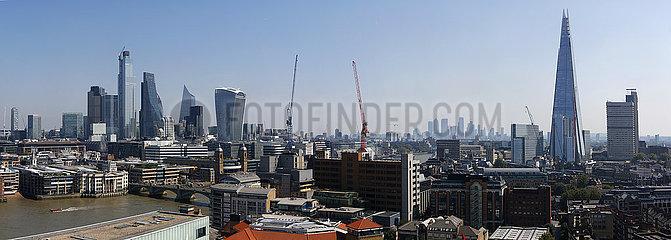 Panorama: London  England