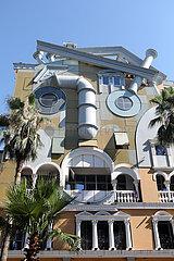Batumi  Georgien  Das Batumi Face House