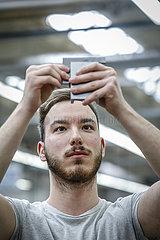 Auszubildende in Metallberufen  MINT-Berufe  Remscheid  Nordrhein-Westfalen  Deutschland