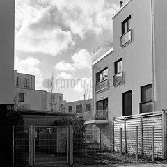 Neubauten von Wohngebaeuden auf der Halbinsel Stralau in Berlin-Friedrichshain