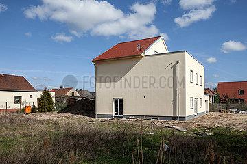Neubau eines Einfamilienhauses in der Witzenhauser Strasse Ecke Ferdinand-Schlutze-Strasse in Berlin-Alt-Hohenschoenhausen