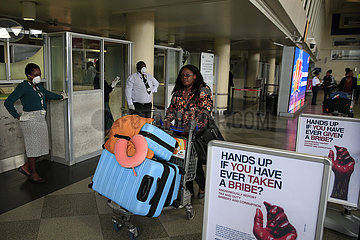 ZIMBABWE-HARARE-RG MUGABE AIRPORT-CORONAVIRUS-PRECAUTION