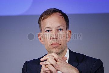 Sascha Bibert Finanzvorstand Uniper SE  Duesseldorf  Nordrhein-Westfalen  Deutschland  Europa