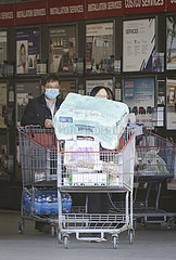 CANADA-VANCOUVER-COVID-19-SHOPPING