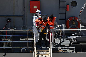 MALTA-MIGRANTS-DISEMBARKATION