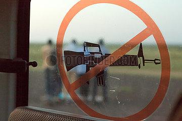 Burferedo  Somali Region  Aethiopien - Waffenverbot  Piktogram