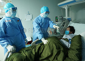 CHINA-WUHAN-HUOSHENSHAN HOSPITAL-Intensivstation (CN)
