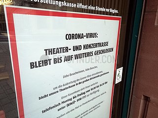 Wegen Corona geschlossene Theaterkasse