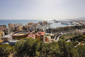 Malaga  Stadtuebersicht  Andalusien  Spanien  Europa