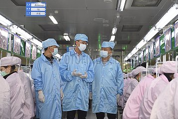 CHINA-SICHUAN-CHENGDU-Unternehmen mit Auslandskapital-PRODUCTION-WIEDERAUFNAHME (CN)