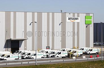 Amazon Logistikzentrum  Duisburg  Nordrhein-Westfalen  Deutschland