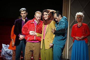 Maxim Gorki Theater LOE GRAND BAL ALMANYA