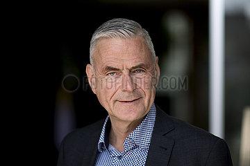 Prof. Uwe Janssens