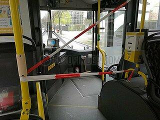 Abstandsmarkierung im Bus