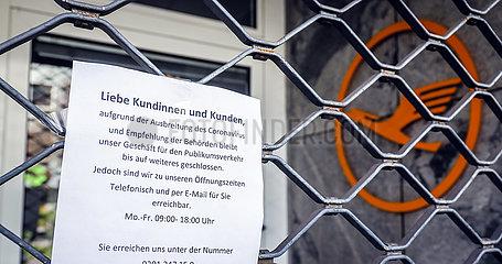 Coronakrise  geschlossene Geschaefte und Restaurants  Essen  Ruhrgebiet  Nordrhein-Westfalen  Deutschland