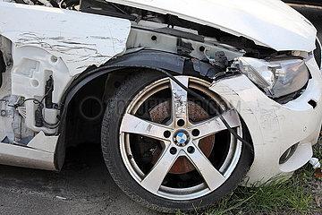 Berlin  Deutschland  Detailansicht: Unfallwagen