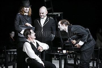 Berliner Ensemble KAFKAS PROZESS