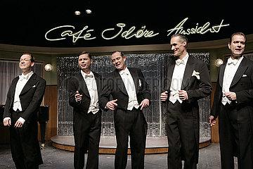Komoedie am Kurfuerstendamm Berlin CAFE OHNE AUSSICHT