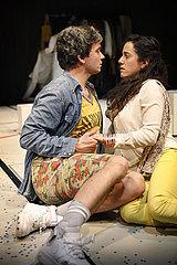 Grips Theater Berlin DER GAST IST GOTT