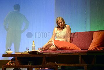 Schlosspark Theater Berlin AUF MESSERS SCHNEIDE