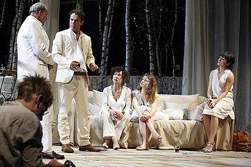 Renaissance-Theater Berlin HAUS AUF DEM LAND