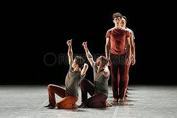 Staatsballett Berlin DUATO / KYLIAN / NAHARIN