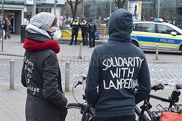 Protest gegen den Abbau des Lamedusa-Zelts