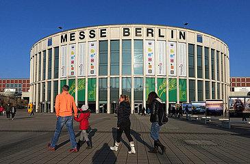 Berlin  Deutschland  Eingang Sued zur Messe Berlin an der Jaffestrasse waehrend der Internationalen Gruenen Woche