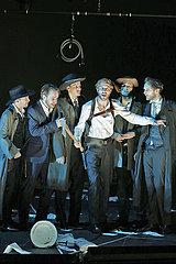 Berliner Ensemble DIE RAEUBER
