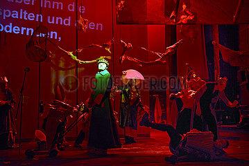 Berliner Ensemble ABSCHLUSSBALL