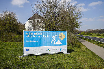 Schnelles Internet  Breitbandausbau auf dem Land  Kempen  Niederrhein  Nordrhein-Westfalen  Deutschland