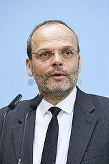 Berlin  Deutschland - Dr.?Felix Klein  Antisemitismusbeauftragter der Bundesregierung.